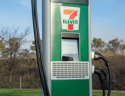 7-Eleven to Install 500 Electric Vehicle Ports by End of 2022