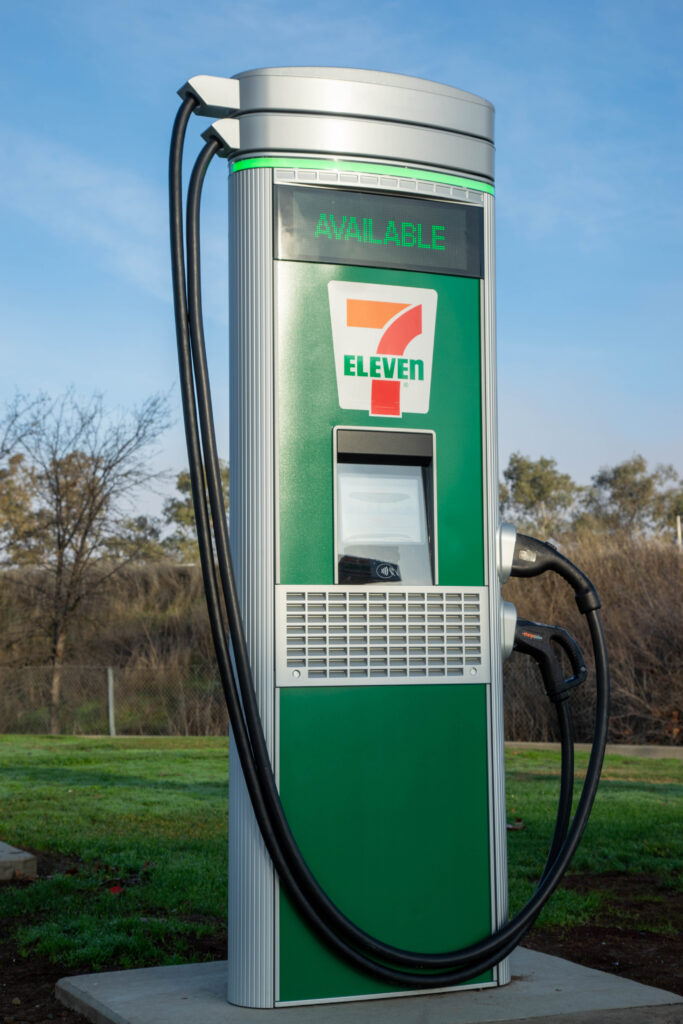 7-eleven electric vehicle